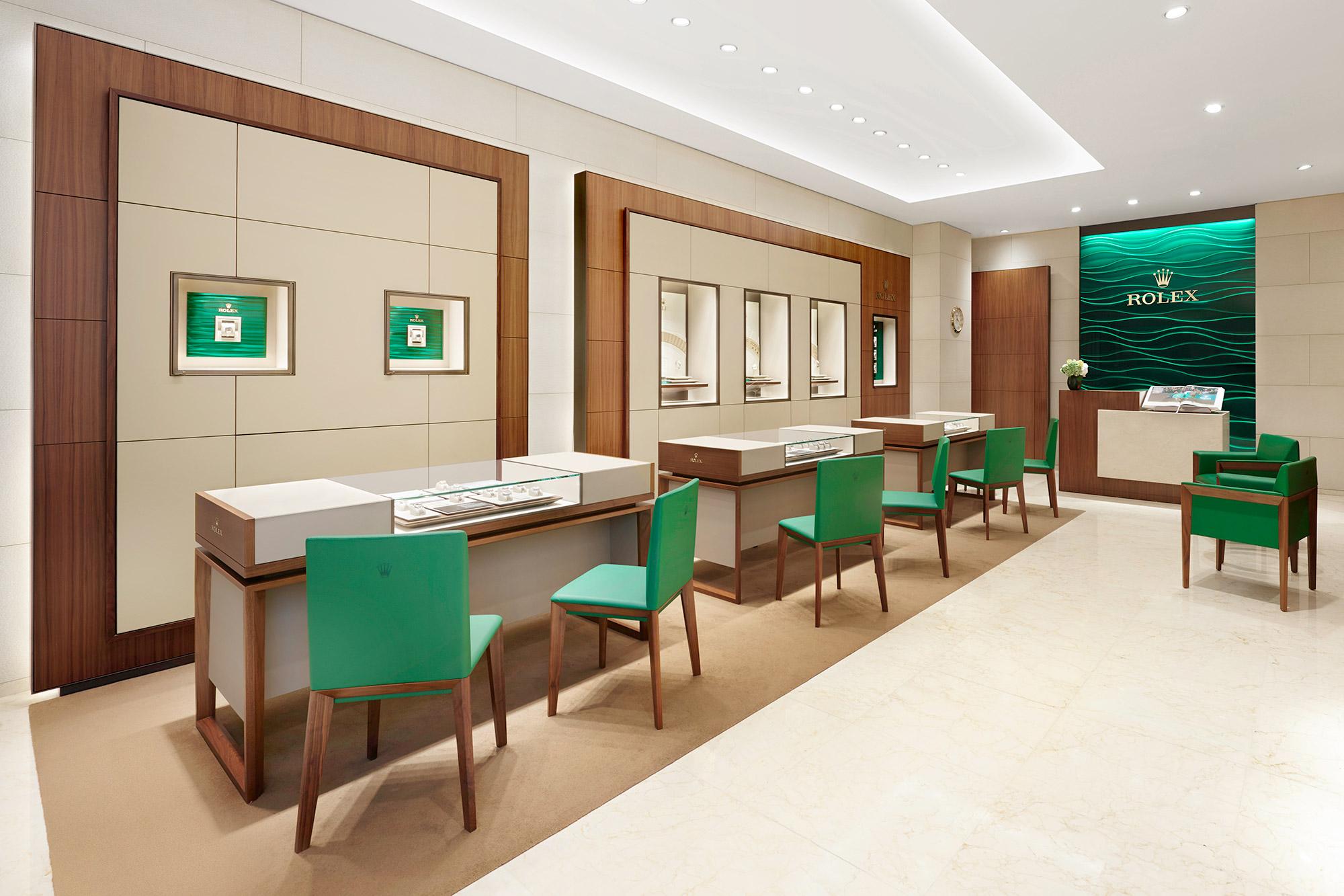 Inside Siam Swiss Central Bangna Rolex Boutique